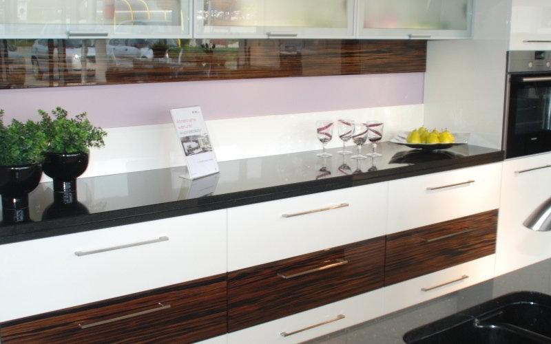 White Acrylic Kitchen - Kassel Style