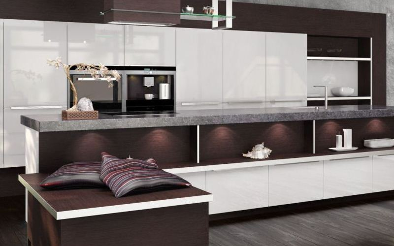 White acrylic kitchen with veneer wrapping