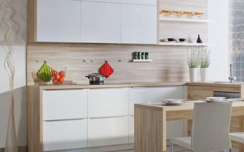 Sandy Oak Laminate Kitchen