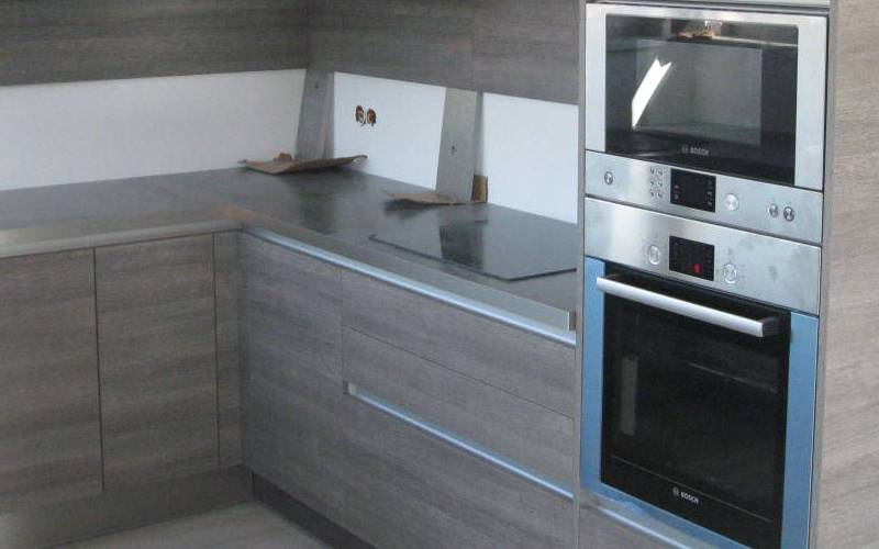 Lati Oak Thermofused Kitchen